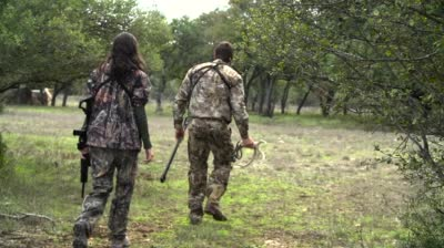 Episode 2018: Trophy Hunters TV Sneak Peek -