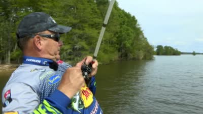 The Bass Pros - Mog Jig, Jerkbaits, Bigger Drop-Shots