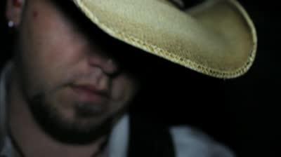 http://ocwebimages-a.akamaihd.net/Outdoor_Website/Outdoor_Thumbnails/b6/5e/b65eb8cb-a2d1-4183-bf34-52a1bf860d2c/ODX7082_BCF_Warlock_400x224_00h.00m.07s.jpg